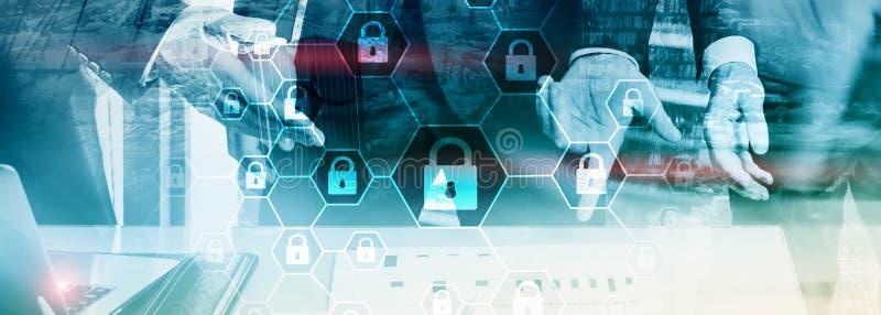 Cybersecurity, ιδιωτικότητα πληροφοριών, προστασία δεδομένων, ιός και spyware υπεράσπιση στοκ φωτογραφία με δικαίωμα ελεύθερης χρήσης