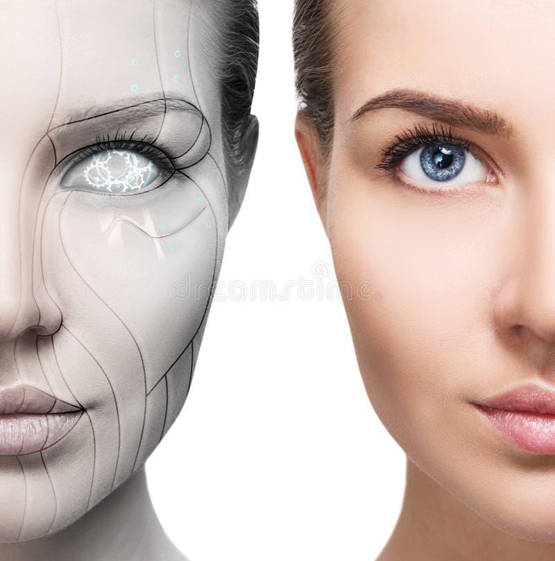 Cyborgfrau mit Maschinenteil ihres Gesichtes lizenzfreies stockfoto