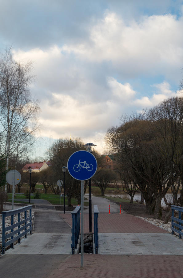 A cycle track and sign royalty free stock photography