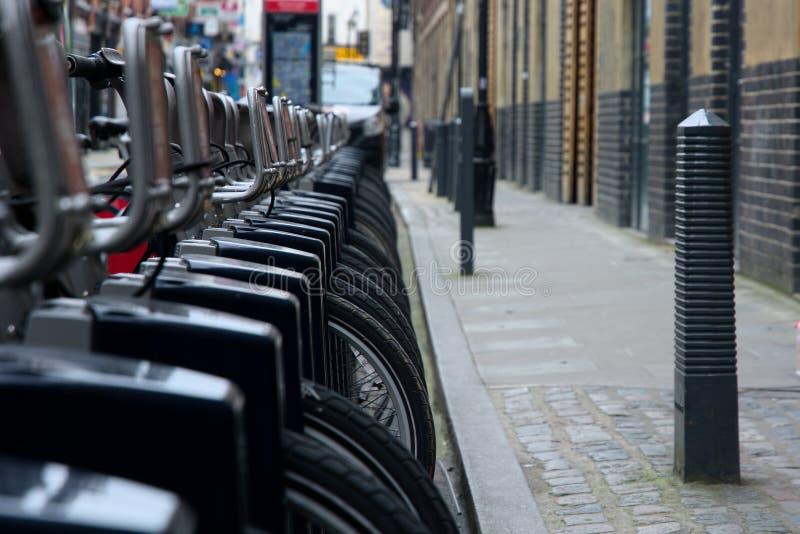 cycli Vervoer voor Londen Dokkende Post royalty-vrije stock afbeeldingen