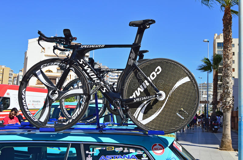 Cycling Time Trial TT Bike. A Team Astana Specialised S-Works time trial bike on top of the team car during the 2016 time trial stage of La Vuelta España stock images