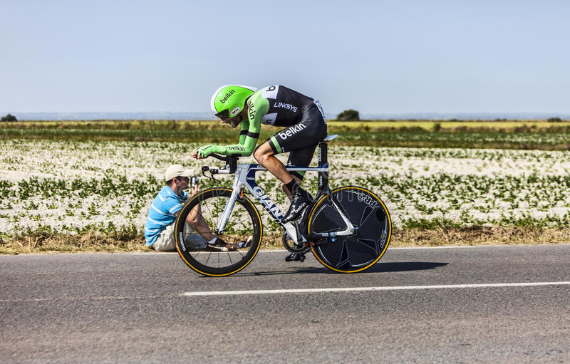 Download The Cyclist Bauke Mollema editorial photo. Image of bicyclist - 33252201