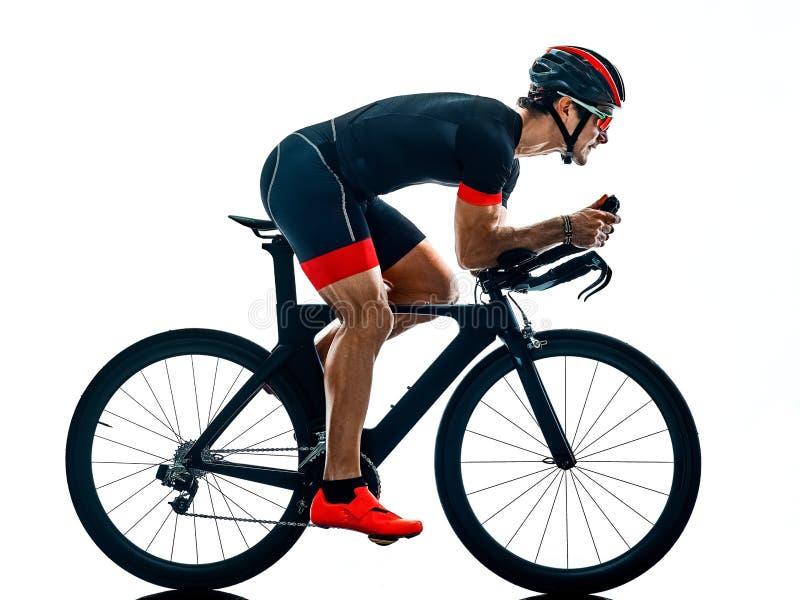 Cycliste b blanc d'isolement par silhouette de recyclage de triathlon de Triathlete photos stock