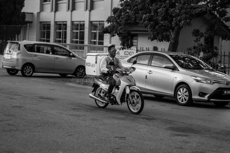 Cycliste de moteur photo stock