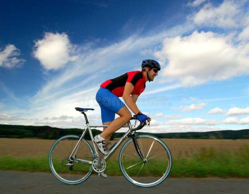 Cycliste de route photographie stock libre de droits