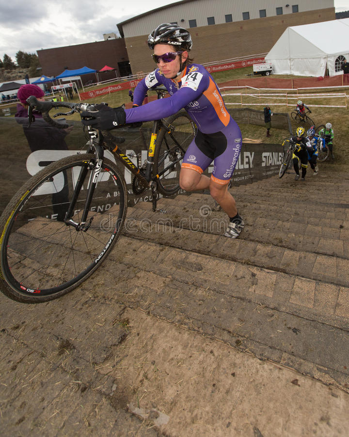 Cyclocross - Serena-Bischof Gordon lizenzfreie stockbilder