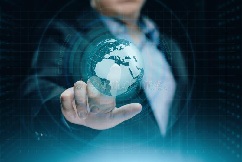 Cyfrowej Globalna sieć Biznesowy Internetowy technologii pojęcie Biznesmen naciska dotyka ekran fotografia stock