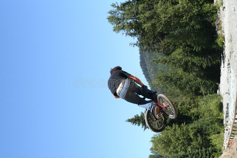 Download Cykel arkivfoto. Bild av banhoppning, whistler, hight, hopp - 283610
