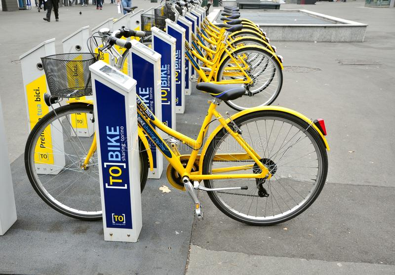 cykel italy som hyr turin royaltyfri foto