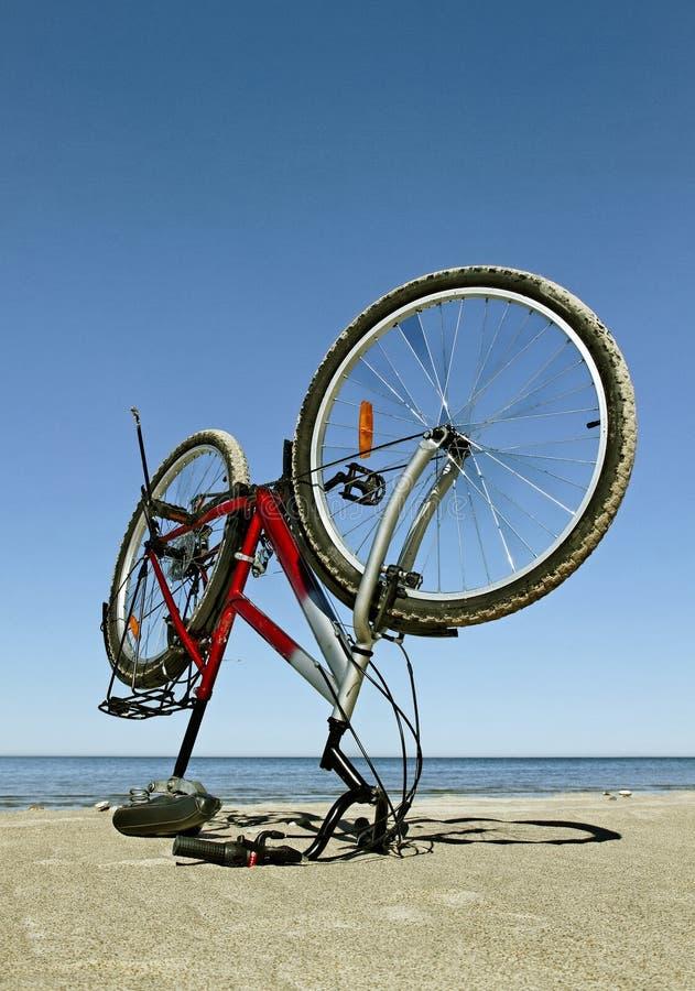 Cykel på havet arkivfoto