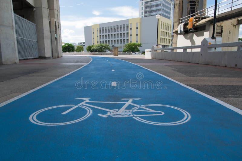 Cykelbanatecken royaltyfria bilder