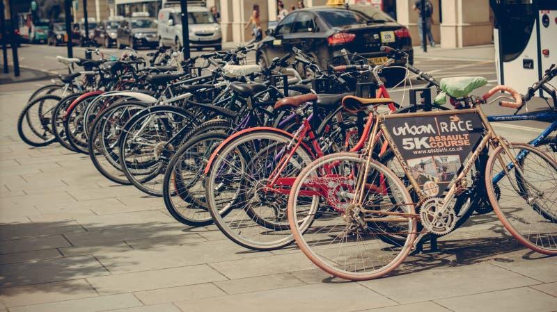 Cykelkugge i bad arkivbilder