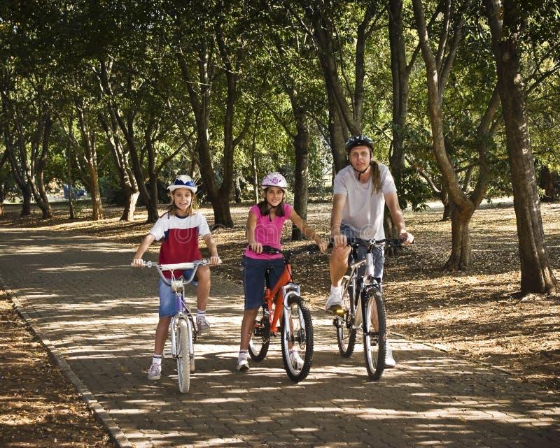 cykelparkritt arkivfoton