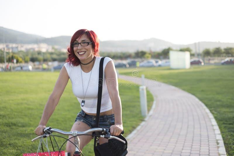 Cykelritten parkerar på arkivbild