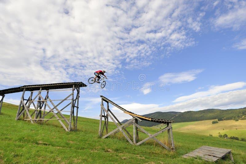 cykla extremt berg royaltyfri bild