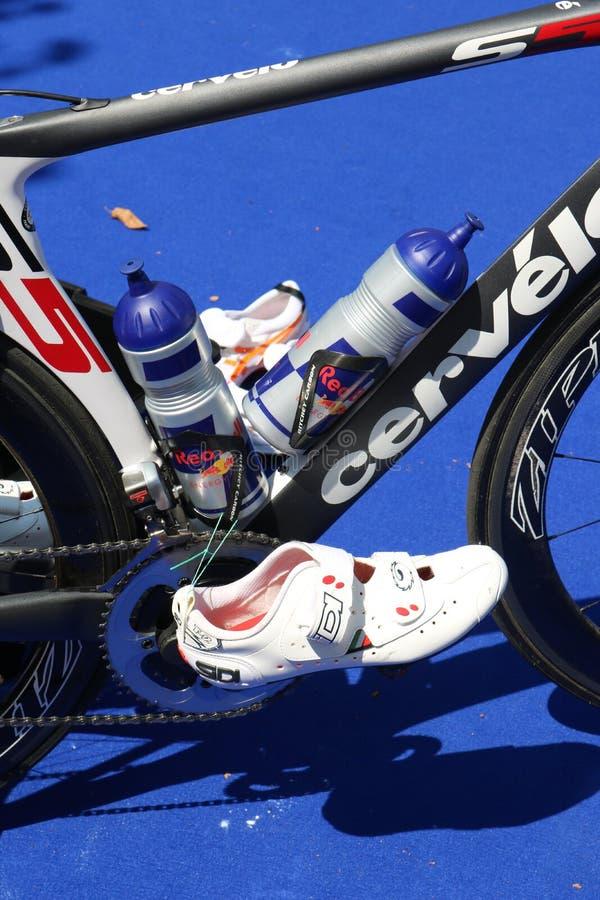 Cykla för övning för Triathlonsport sunt royaltyfria bilder