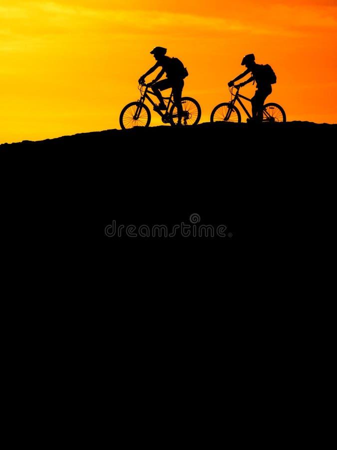 Cykla för berg royaltyfria foton