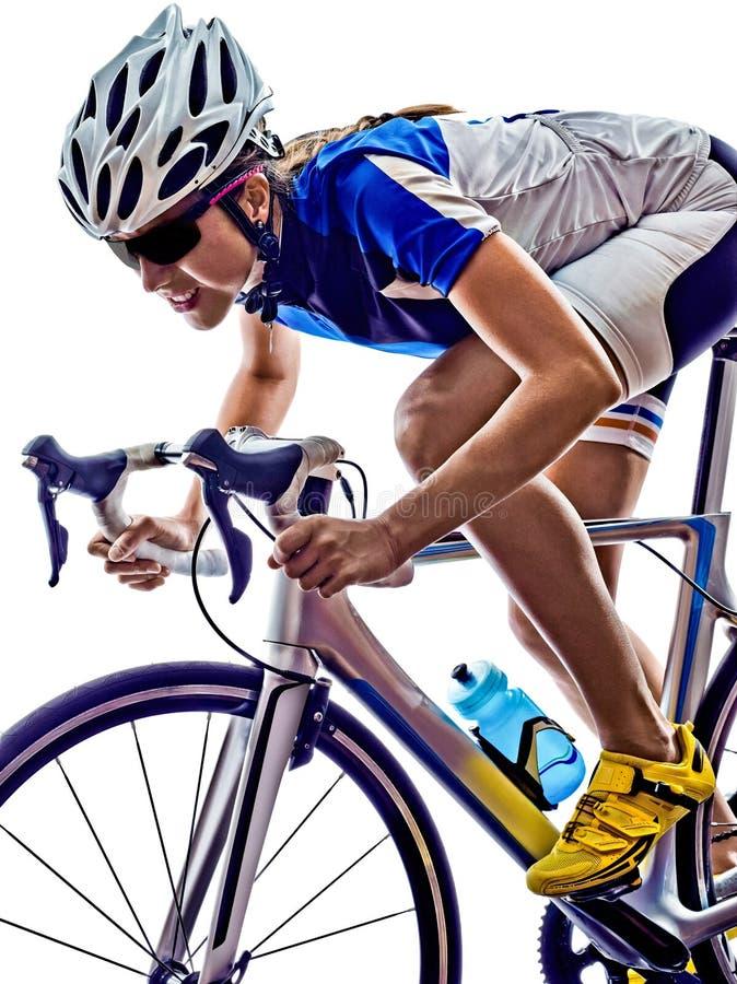 Cykla för cyklist för kvinnatriathlonidrottsman nen arkivfoto
