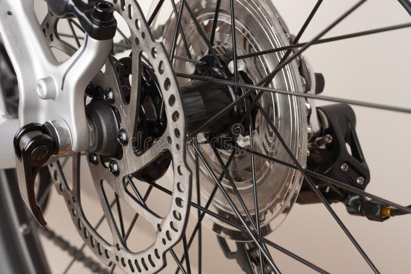Cykla navet av det bakre hjulet, den övre sikten för slutet, studiofoto royaltyfria foton
