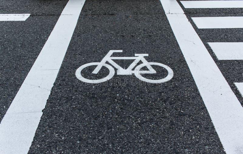Cykla vägmärket arkivbilder