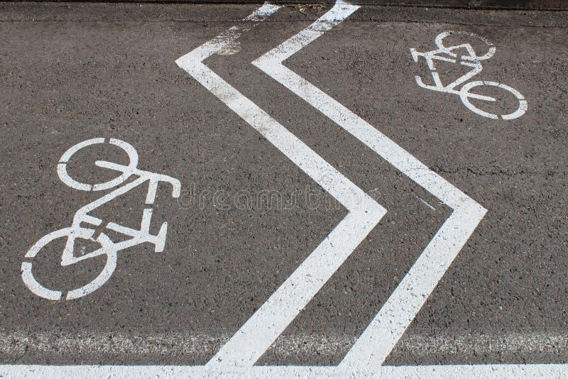 Cyklar och sicksackar arkivbild