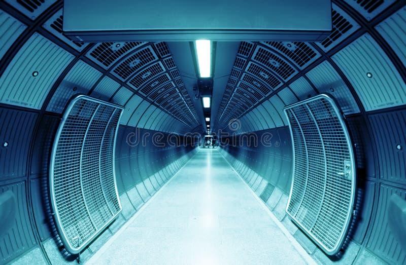 cylindertunnel arkivfoton