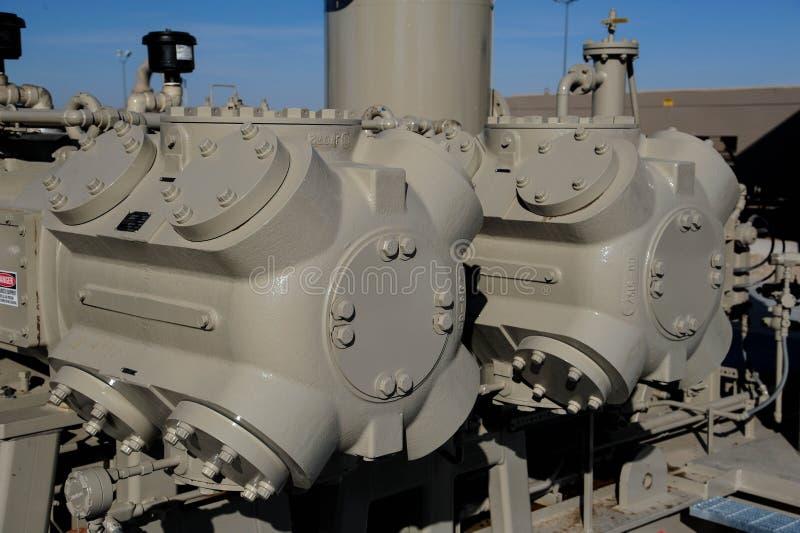 Cylindrar för gaskompressor arkivfoto