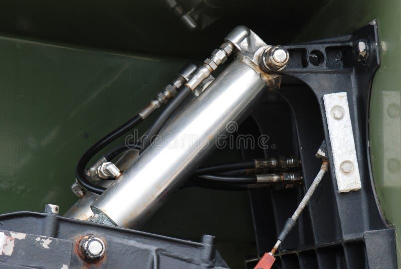 Cylindre hydraulique photographie stock libre de droits
