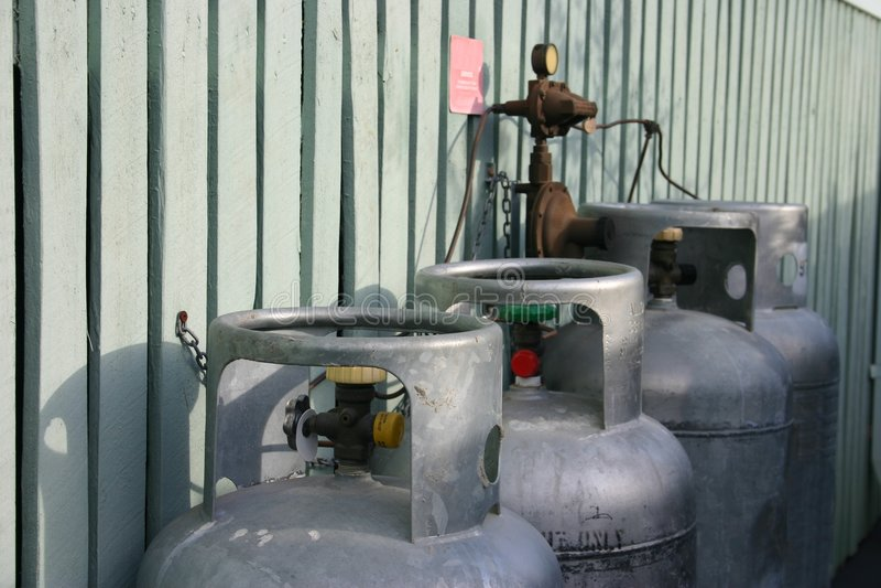 Cylindres de gaz images libres de droits