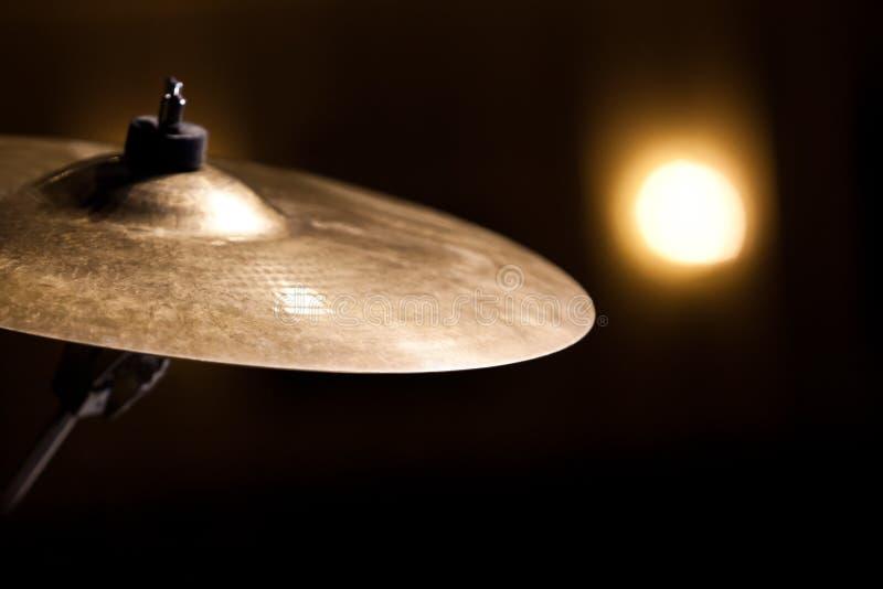Cymbales de tour d'accident image libre de droits