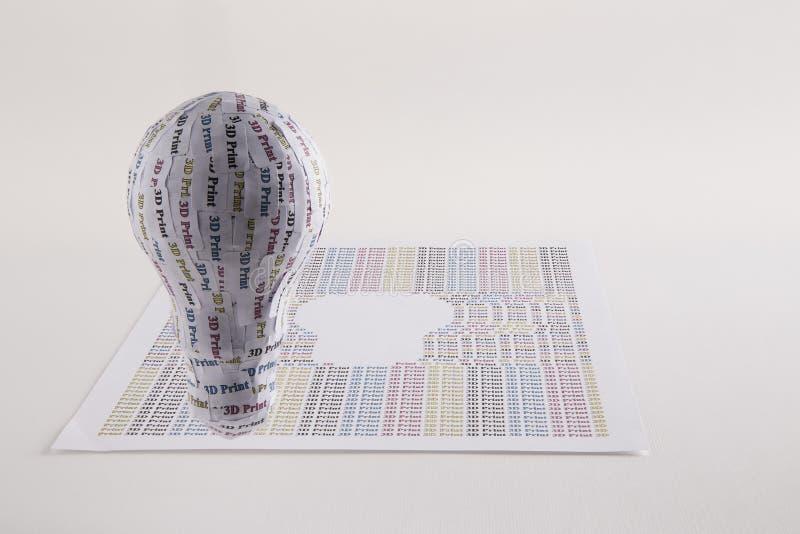 CYMK 3D打印机概念:电灯泡 免版税库存图片