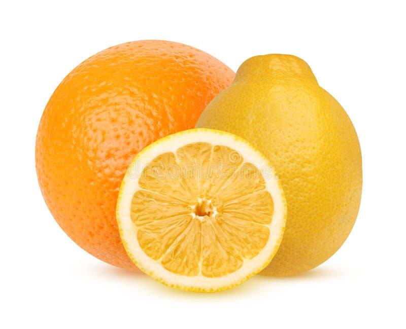 Cytryna i pomarańcze odizolowywający na białym tle, zdjęcie royalty free
