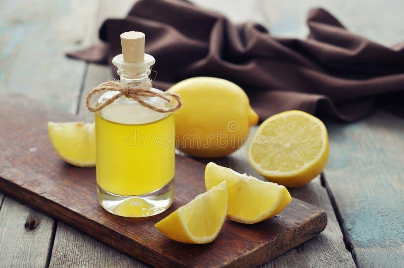 Cytryna olej obrazy stock