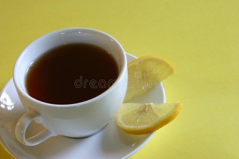 Download Cytryny herbaty obraz stock. Obraz złożonej z czerń, gorący - 138005