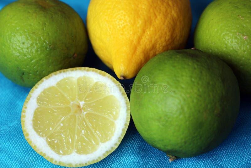 Cytryny i wapno zdjęcie stock