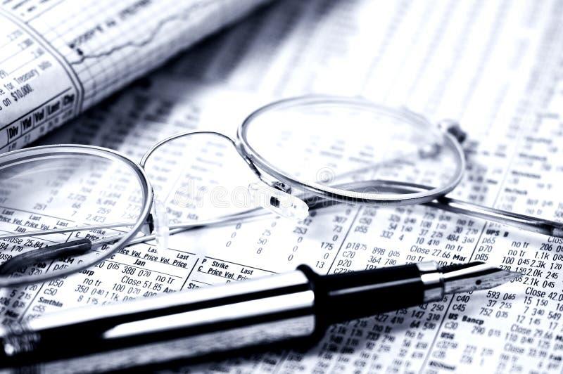 Download Cytuję obraz stock. Obraz złożonej z officemates, eyeglasses - 48787