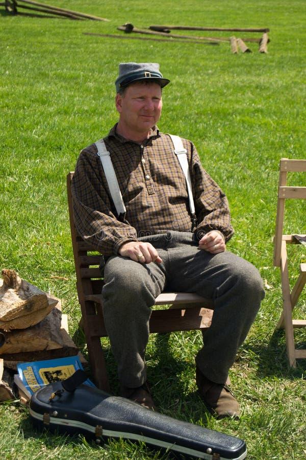 Cywilna wojna Reenactor przy Cywilnej wojny obozowiskiem fotografia stock