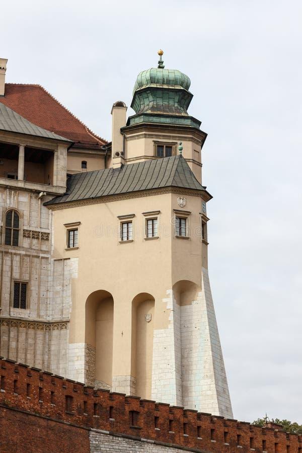 Część obrony ściana na Wawel wzgórzu w Krakow, Polska zdjęcia stock