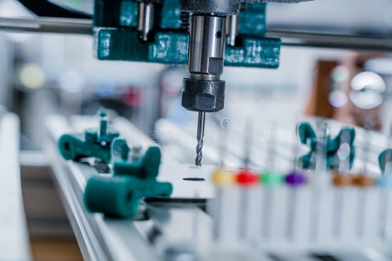 Części aluminiowe frezarki CNC obraz stock