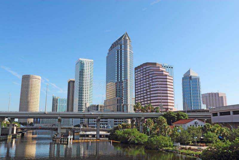 Częściowa linia horyzontu i USF park w Tampa, Floryda obraz royalty free