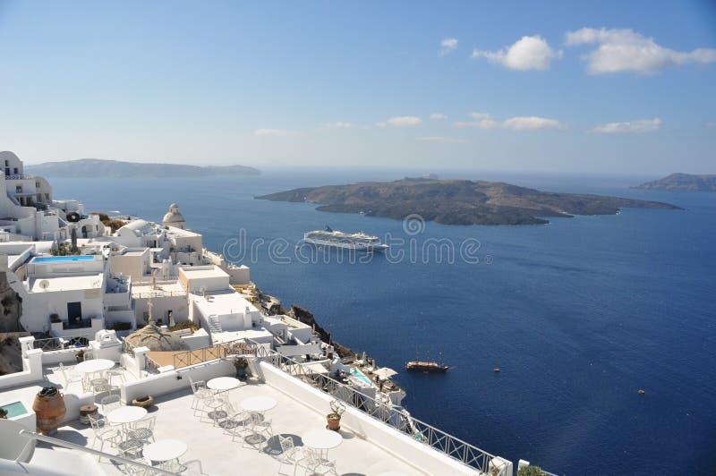 Częściowy widok Fira wulkan wyspa i inne wyspy wokoło Santorini Grecja fotografia stock