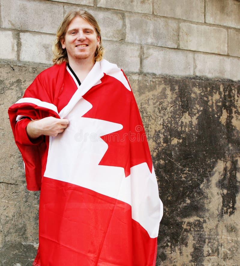 człowiek kanadyjskiej flagi obrazy stock