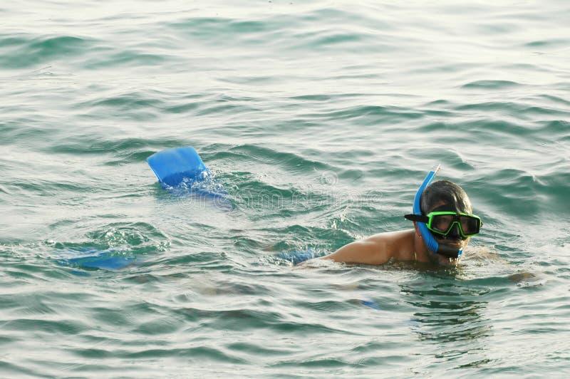 człowiek snorkeling1 obraz stock
