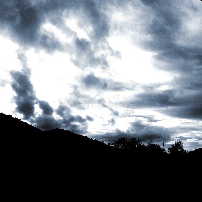 czarna chmura obrazy royalty free