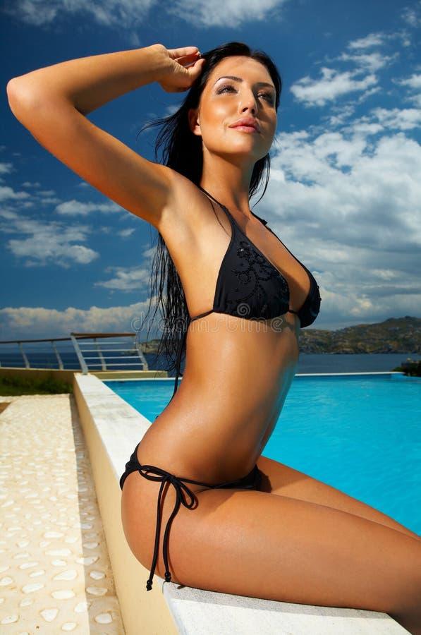 czarna dziewczyna bikini obraz stock