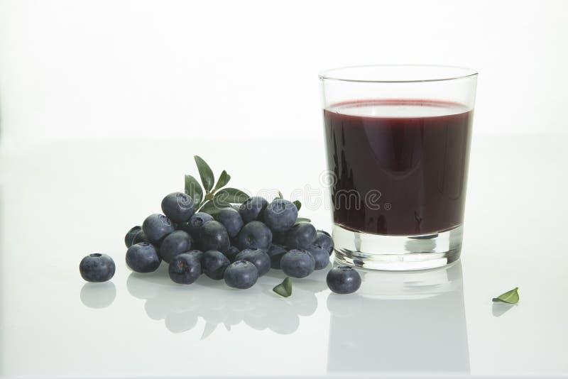 Czarna jagoda i czarnej jagody smoothie obrazy royalty free