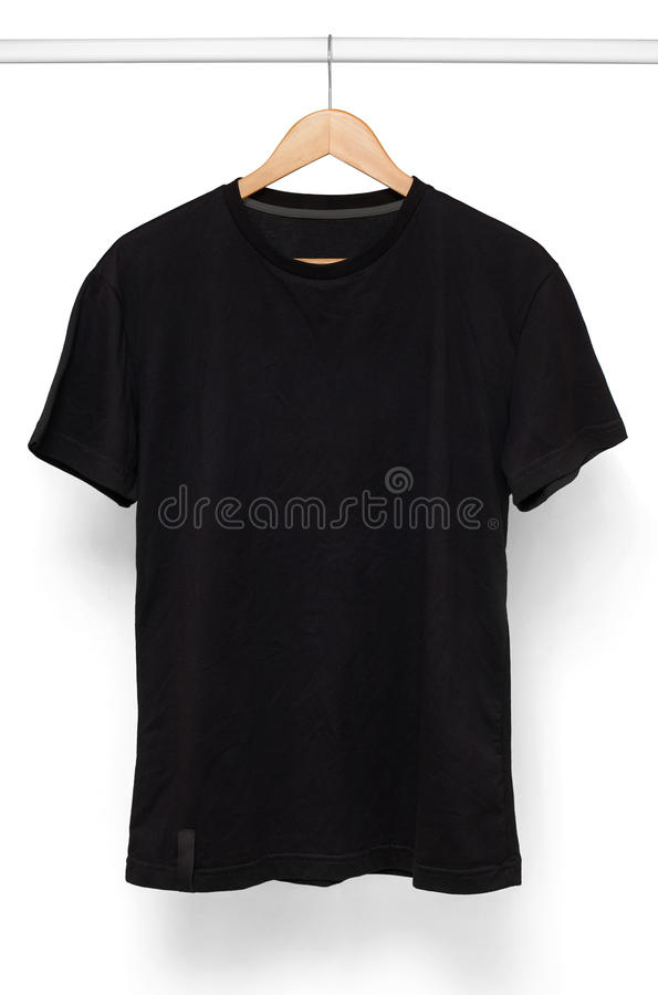 Czarna koszulka odizolowywająca z wieszakiem obraz stock