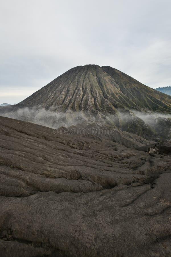 Czarna piasek diuna w górze Bromo zdjęcia stock