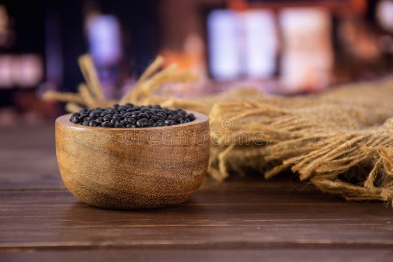 Czarna soczewicy bieługa z restauracją zdjęcie royalty free