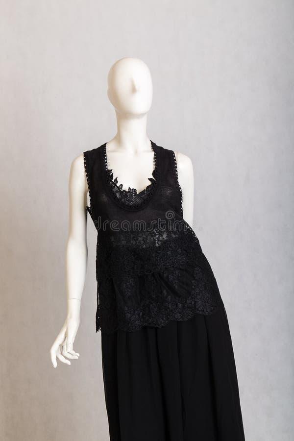 Czarna suknia na mannequin fotografia royalty free